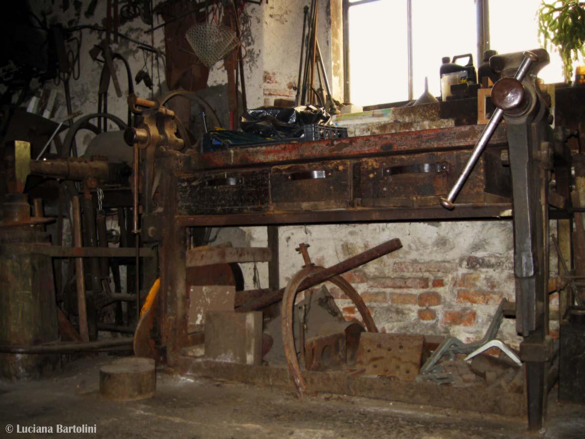 Passatoia vinile mosaico - Banco da lavoro cucina legno ...